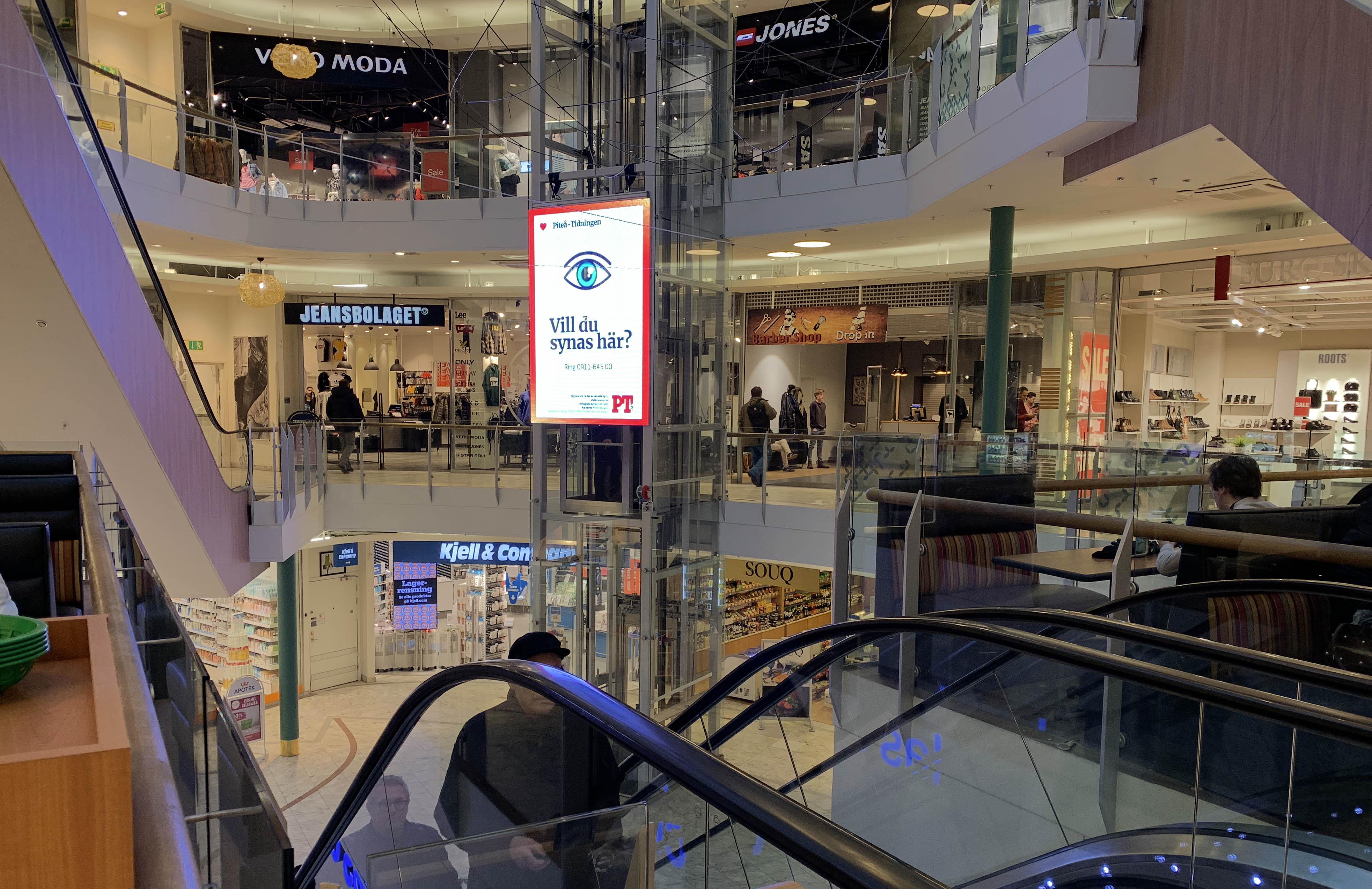 Lets Display Transparent LED skärm i Gallerian Piteå